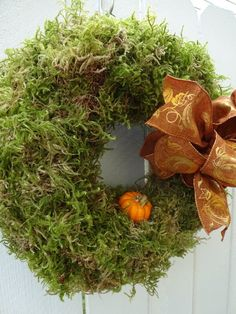 Moss Wreath, Straw Wreath, Twig Wreath, Green Wreath, Wreath Crafts, Burlap Wreath, Wreath Fall, Autumn Wreaths For Front Door, Holiday Wreaths