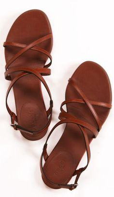 Beautiful Strappy Flat Sandals