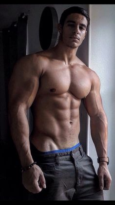 Crave loving muscle hunks