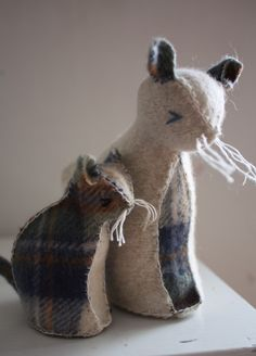 Mama cat and baby kitty- felted wool animals (reserved)