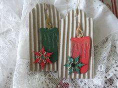 svíčka Jmenovky na dárky vyřezané z vlnité lepenky. Vel. 5 x 11 cm. Cena za 2 kusy.