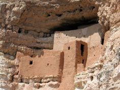 An easy to access Anasazi ruin north of Phoenix, #Arizona: Montezuma's Castle  #boomer #travel
