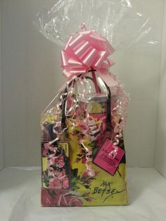 Betsey Johnson Mini Tote Gift Basket with Tumbler $35