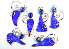 Cat ornaments, stained glass cat, cat lover gift, glass cat, cat decoration, cat suncatcher, animal stained glass, Christmas ornaments, window decor * Thank you for visiting our shop. Here you can find an original, interesting and cute gift for your family, relatives or friends. It will