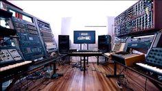 Recording Studio Setup, Home Studio Setup, Dream Studio, Audio Studio, Music Studio Room, Studio Equipment, Studio Gear, Dream Music, Electronic Music