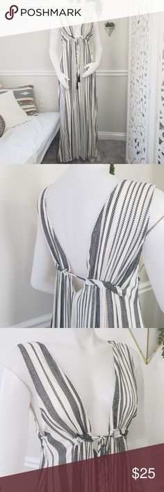 ec50e1af67 Striped Maxi Dress Low Cut Size M This dress is absolutely stunning! It  features a