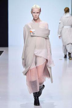 Victoria Andreyanova | Fall-Winter 2017 Moscow Womenswear