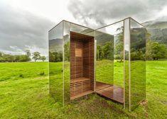 Este extraño edificio casi invisible es un refugio en Escocia. El mimetismo arquitectónico.