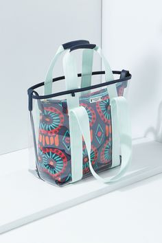 The Summer Tribes large grab bag is a fabulous choice for weekend breaks or holidays.
