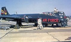 English Electric Canberra, Us Air Force, Cranberries, Planes, Aviation, Monster Trucks, Aircraft, Military, Blue