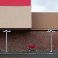 shopping cart by Klaus Lenzen