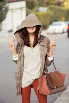 This outfit. :D love this whole outfit shorts celine Mode Outfits, Fall Outfits, Happy Hoodie, Look Fashion, Womens Fashion, Street Fashion, Quoi Porter, Spring Jackets, Look At You
