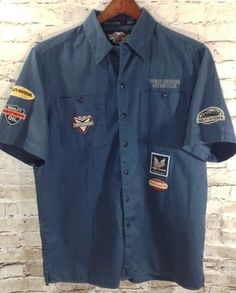Harley Davidson Motorcycles Mechanic Button Front Shirt Medium Garage Patches  #HarleyDavidson #ButtonFront #Mechanic #Garage #Motocycle #Mens #Patches #Logo