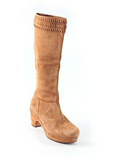 Ugg Australia Boots 8  Only $34 used and $10 off for new customers through the link Second Hand Shop, Second Hand Clothes, Cute Boots For Women, Ugg Boots Australia, Winter Shoes, Uggs, Footwear, Link, Shopping