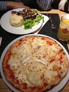 pizza y pato en le tribeca (paris)