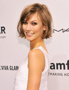 Karlie Kloss showed off her cute bob at the amfAR event in New York.