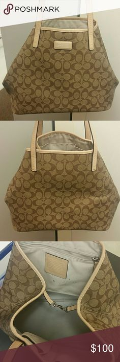 Coach tote Very good condition normal wear few spots on inside sure it could be cleaned ...very nice purse Coach Bags Totes