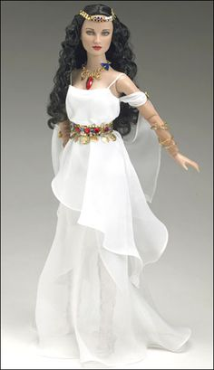 Wonder Woman Limited Edition Amazonian Princess Tonner Doll - 2007