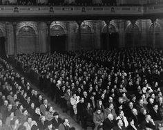 In het jaar 1948 op 23 januari is er een herdenking in het concertgebouw in Amsterdam. Ze besproken het werk van Lenin als revolutionair. De bezoekers waren aanhangers van de Communistische Partij Holland (CPH)