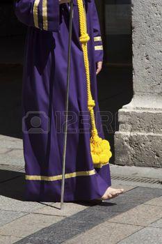 nazarenas: VALLADOLID, ESPAÑA - 17 de abril: la semana de Pascua (Semana Santa), procesiones y bandas de música del Nazareno, fiestas de interés internacional 17 de abril 2014 en Valladolid España