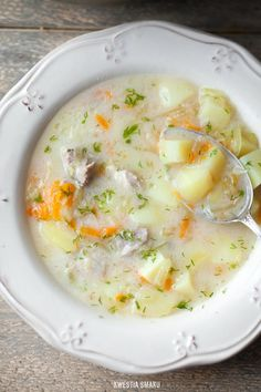 Zupa ogórkowa Clean Recipes, Soup Recipes, Cooking Recipes, Healthy Recipes, Food Experiments, Hungarian Recipes, Frugal Meals, One Pot Meals, Soup And Salad