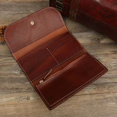 Leather Wallet Pattern, Leather Clutch, Tan Leather, Leather Purses, Simple Wallet, Long Wallet, Leather Portfolio, Leather Bags Handmade, Leather Projects