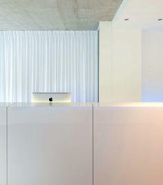 Filip Deslee white minimalist office in Antwerp _