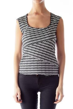 Like this White House Black Market shirt? Shop this without using money! Trade. Shop. Discover. #fashionexchange #prelovedfashion  Black & White Print Shirt by White House Black Market