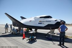 Sierra Nevada's Dream Chaser on the move in California – Spaceflight Now