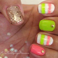 Summer gel nail art