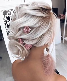 hair with veils hair clip hair styles for long hair down wedding hair updos wedding hair wedding hair hair curly updo hair vines Trending Hairstyles, Up Hairstyles, Hairstyle Ideas, Perfect Hairstyle, Bride Hairstyles For Long Hair, Updos Hairstyle, Makeup Hairstyle, Elegant Hairstyles, Summer Wedding Hairstyles