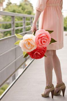 DIY Giant Crepe Paper Roses-Charming Crepe Paper Crafts