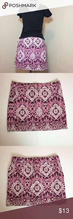 "Listing: Purple Handkerchief Pattern Mini Skirt AT Loft Purple & Black Handkerchief Pattern Mini Skirt. Size 14 measures: 37"" around top, 22"" across hips, 18"" long. Has 2 front and back pockets. 100% cotton. 402/25/040417 LOFT Skirts Mini"