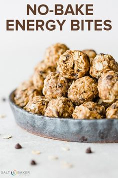 No-Bake Energy Bites calories!) No-Bake Energy Bites are the perfect healthy snack. It's a delicious low calorie snack recipe loaded with peanut butter, oats, flax seed, and chocolate chips. This protein balls recipe is the best post workout snack. Protein Bites, Protein Snacks, Healthy Snacks, Healthy Recipes, Kid Snacks, Healthy Energy Bites, Best Snacks, Healthy Protein Balls, Whole30 Recipes