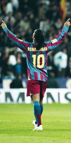 Club Football, Ronaldo Football, Legends Football, Messi And Ronaldo, Best Football Players, Football Is Life, Football Kits, Soccer Players, Football Soccer