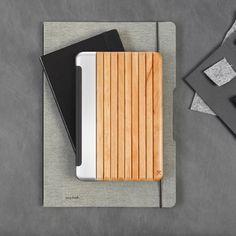 Découvrez toute la collection de coques iPad en bois Woodcessories                                                                                                                                                      Plus