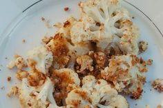 Blumenkohl mit Semmelmehl und Parmesan - Leicht und lecker paniert aus dem Ofen - Rezept für gerösteten Blumenkohl