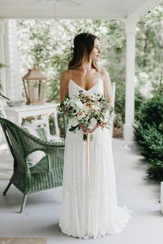 Laid-back boho bridal style   Image by Brett & Jessica