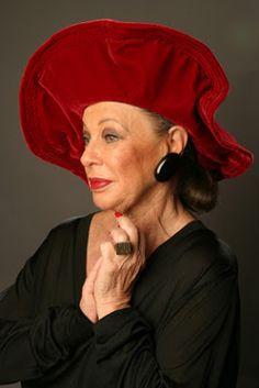 Линн Делл (Lynn Dell) -графиня Glamourа