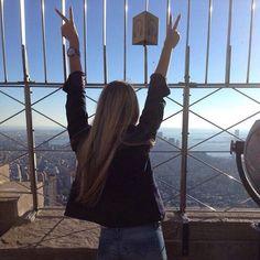 Dazzling  by #newyork_photographer : @sasha_malt    mention and tag @newyork_photographer to get reposted   #newyork #newyorker #newyork_ig #newyorknewyork #newyorklife #newyorkcity #ny #photographer #newyorkphotographer #photographer