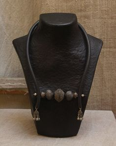 ethnic and beaded necklace- AMALTHEE-creations