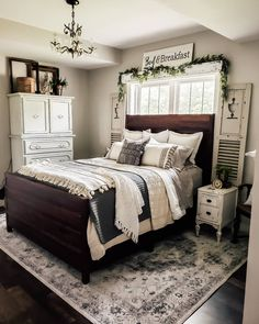 get creative with fall farmhouse bedroom design inspiration 8 - censiblehome Rustic Bedroom Design, Rustic Master Bedroom, Master Bedroom Makeover, Farmhouse Bedroom Decor, Home Bedroom, Bedroom Ideas, Bedroom Design Inspiration, Design Ideas, Guest Bedrooms
