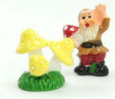 Golden Yellow - Mushroom Trio- Set of 4 Pieces - 207-1205