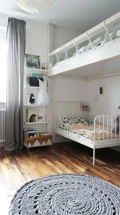 hochbett für erwachsene integrierte schubladen stauraum ... - Hochbett Im Kinderzimmer Pro Und Contra Das Platzsparende Mobelstuck