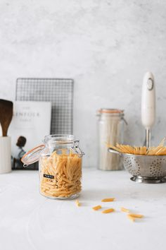 Ideal For Pasta, Rice And Other Dried Food Products Set Of 3 Jars Vacuum Orange Rubber Seal Stainless Steel Clip Top Fastening Size: 1.5 Litre Dishwasher Safe Dry Food Storage, Plastic Storage, Jar Storage, Kilner Jars, Fermented Foods, Seal, Dishwasher, Stuffed Mushrooms, Rice