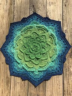Beginning Crochet Ravelry: Project Gallery for Mandala Madness pattern by Helen Shrimpton - Crochet Afghans, Crochet Doilies, Crochet Yarn, Crochet Stitches, Crochet Blankets, Dishcloth Crochet, Crochet Mandala Pattern, Crochet Square Patterns, Crochet Blanket Patterns