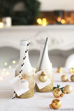Glamouröse Weihnachten {DIY mit den weißen Mini-Chardonnay-Flaschen von Fürst von Metternich}