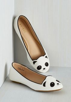 Stroke of Genus Flat in White. You're a unique fashionista with an ardent appreciation for all creatures, so its a no-brainer that you're sporting these bold panda flats to the museum! White Ballet Shoes, White Flat Shoes, Ballerina Shoes, Polka Dot Flats, Kawaii Shoes, Mode Style, Sock Shoes, Leather Loafers, Look Fashion