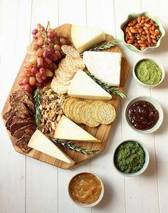 Tabla de quesos con mermeladas