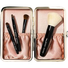 Bobbi Brown Caviar & Oyster Collection Mini Brush Set (205 BRL) ❤ liked on Polyvore featuring beauty products, makeup, makeup tools, makeup brushes, fillers, beauty, cosmetics, accessories, backgrounds and phrase